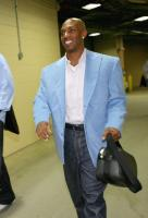 Billups arrives in a blue sportscoat and jeans.jpg